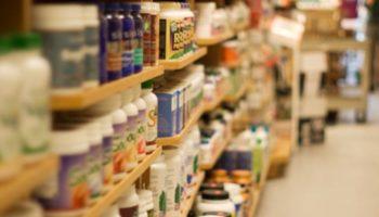 corredor dos suplementos supermercado