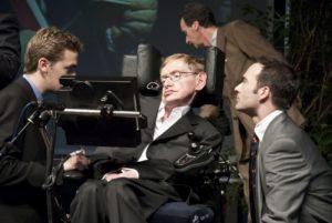Stephen Hawking é provavelmente a pessoa mais famosa diagnosticada com ALS